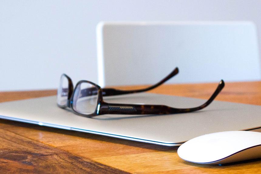 Bildschirmarbeit - den Augen eine Pause gönnen